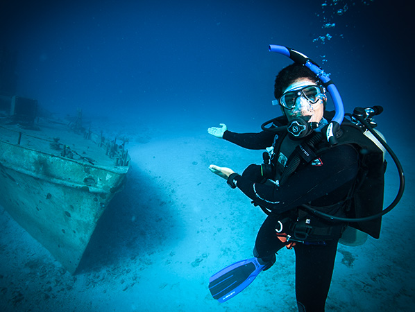 Live a life more extraordinary become a Dive Instructor